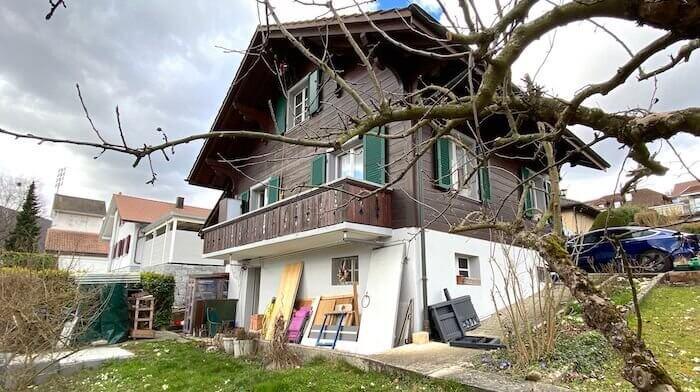 Chalet mit Umschwung und Aussicht in Balsthal